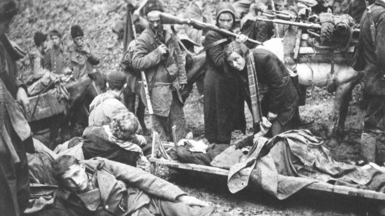 Ranjenici_na_Sutjesci_1943
