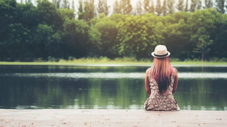 alone_woman