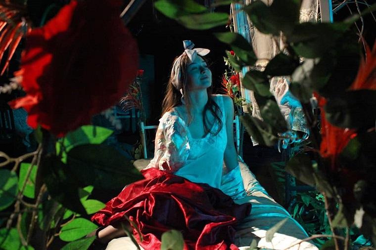 "Predstava ""Pod mlečnom šumom"" po tekstu Dilana Tomasa – petak, 19. april, u 20.30 časova"